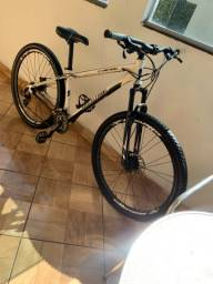 Bicicleta aro 29 high one freio hidráulico