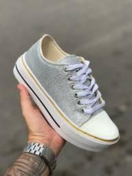 Mais de 100 modelos de calçados em promoção.