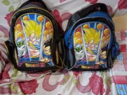 Vendo duas mochilas