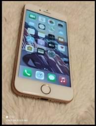 iPhone 8 64 GB bateria 100% só pega chip Vivo o resto Ok leiam o anúncio !