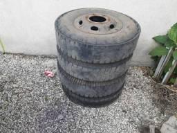 Pra ir logo pneus de caminhao 3/4 com rodas