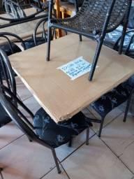 Mesa com 4 cadeiras r$ 375