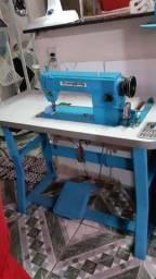 Máquina industrial  reta 900 reais