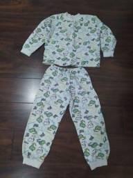 Pijama Tam. 8