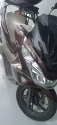 Vendo moto Honda pcx