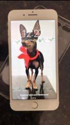 iPhone 7 Plus em perfeito  estado com caixa