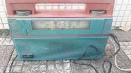 Rádio antigo Leia descrição