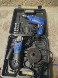Furadeira e lixadeira  Bosch nova (aceito cartão