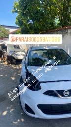 Nissan march batido sem passagem  por leilão