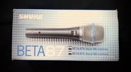Título do anúncio: Microfone Shure Beta 87A com fio