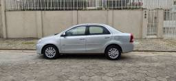 Etios 1.5 XLS Sedan Completo