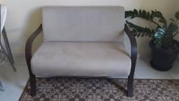 Vendo namoradeira ou troco por sofá retrátil ou sofá cama de dois lugares