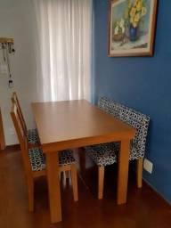 sala de jantar - mesa e cadeiras e banco