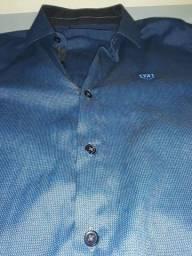 Camisa mister usada apenas duas vezes,sem nenhuma mancha e zero.