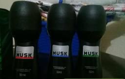 Desodorantes masculinos MUSK Avon