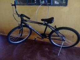 Vendo bike novinha
