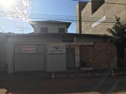 Casa no centro de Pará de Minas com 4 quartos