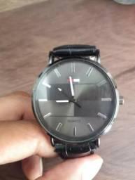 449b1ffa5b1 Relógio De Pulso Masculino Tommy Hilfiger NOVo Muito Barato - Bijouterias