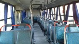 Ônibus Mercedes Bens 1621