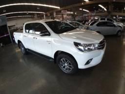 Toyota Hilux 2.7 Srv Cab. Dupla 4x4 Flex Aut. 4p - 2017