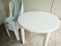 Vendo Mesa + 4 Cadeiras