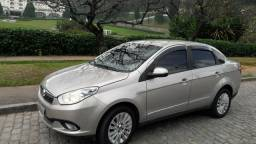 Grand Siena essence 1.6 gnv 5g R$30.500 - 2013