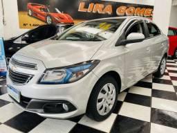Chevrolet Prisma Lt 1.4 Flex 2014 Completo apenas 31.000 km Rodados