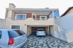 Casa residência triplex Mobiliada com 174m2 terreno 396 n2