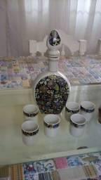 Jogo De Licor Em Porcelana Garrafa