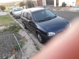 Vendo ou troco corsa wagon 2001 azul - 2001