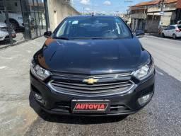 Chevrolet Onix LTZ - 1.4 - 9.000km - 2018