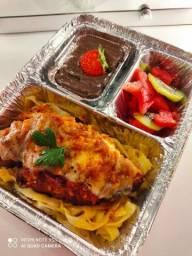 Comida de restaurante em sua casa (santana)