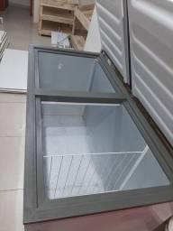 Freezer grande 2 portas poco foi usado