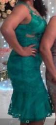 Vestido Midi verde todo rendado