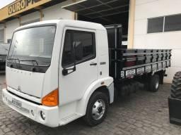 Caminhão Agrale 8500 mwm com ar condicionado