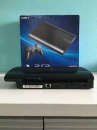 PlayStation 3 na caixa em perfeito estado