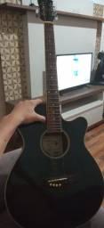 Vendo violão elétrico da marca VOGGA. MODELO VCE 332BK.  BEM CONSERVADO. AFINADO.