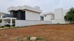 Terreno de 360 m² no Condomínio Aldeia do Sol