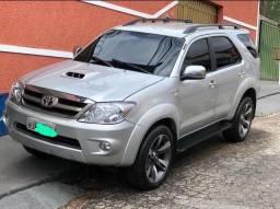CARRO COM PASSAGEM EM LEILÃO* Hilux SW4 3.0 Turbo Diesel Automática 4x4 de 5 lugares