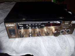 Amplificador lE705