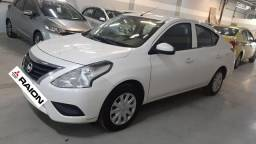 Versa S Manual 2017 c/62.000km Falar c/Rose - Raion Mitsubishi