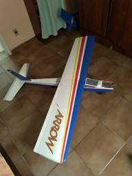 Aeromodelo Arrow.