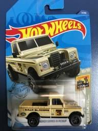 Hotwheels landrover series III pickup