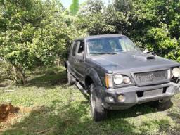 Camionete L200
