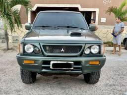 L200 GLS Diesel 4x4 em perfeito estado