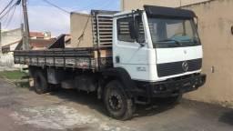 Torro 2 caminhões Mb1214 Chevrole D70