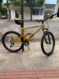 Bicicleta GT - Drive