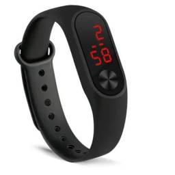 Relógio de pulso digital com led