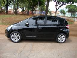 Honda New Fit EXL 1.5 2009 Flex com câmbio manual completo mais couro