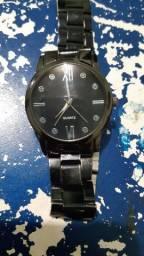 Ótimo relógio quartz preto